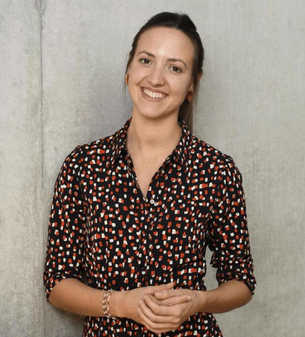 Jana Hollmann Profile Shot